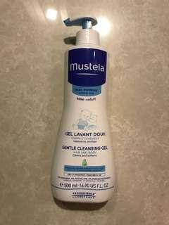 Mustela gentle cleansing gel for hair and body