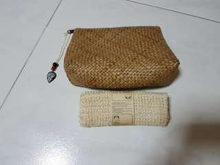 ⛤ BN BodyShop straw pouch & wash cloth