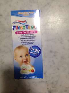First Teeth Baby Toothpaste by Aquafresh