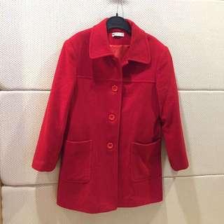 近全新紅色毛料保暖外套
