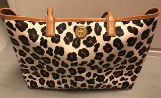 Tory Burch Leopard Pattern Tote Bag (90% new) with dust bag