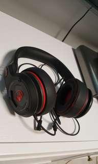 Monster Octagon headphone