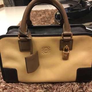Loewe Amazona 28 Bag (Authentic)