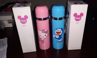 Termos karakter Hello kitty dan Doraemon