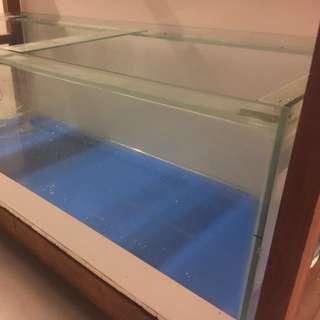 Fish tank 5x2x2ft