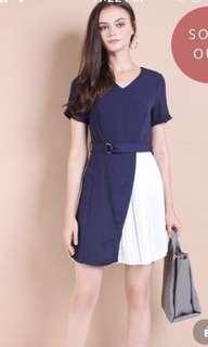 Neomello elliney pleats belted work dress navy size M