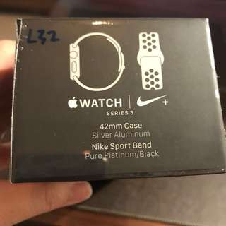 Smart Watch - Apple iWatch Series 3
