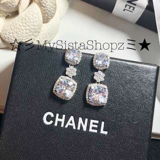 Earrings CZ diamond