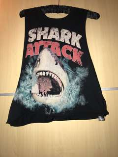 Forever 21 shark muscle tee muscle tank