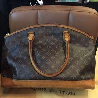 💯💯Authentic LV Bag