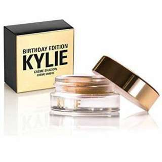 Kylie Creme Shadow (Instock)