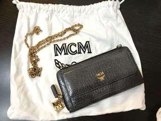 MCM 灰綠色斜咩二用袋