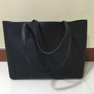 Black Handbag (H&M)