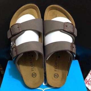 Slip on / Sandals