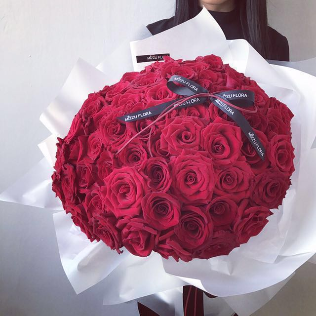 99 Roses Anniversary Flower Gift Birthday Proposal Women S Fashion Accessories On Carousell