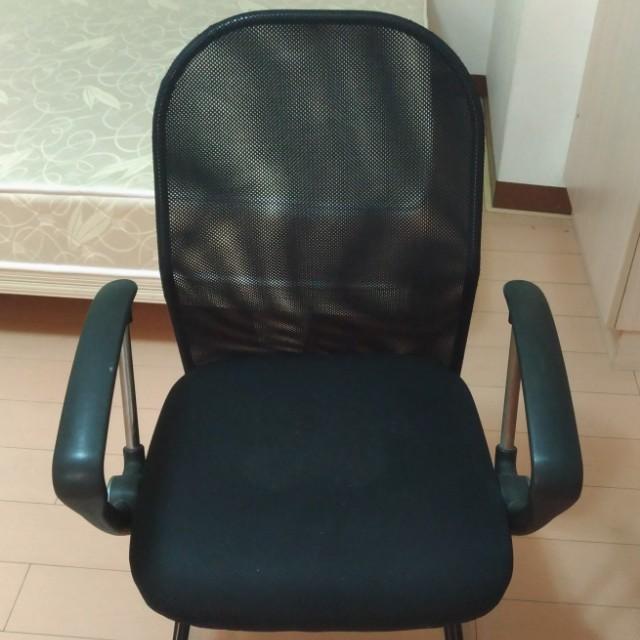 鐵腳辦公椅