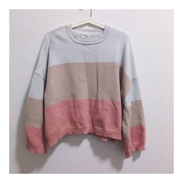 粉色針織寬鬆上衣