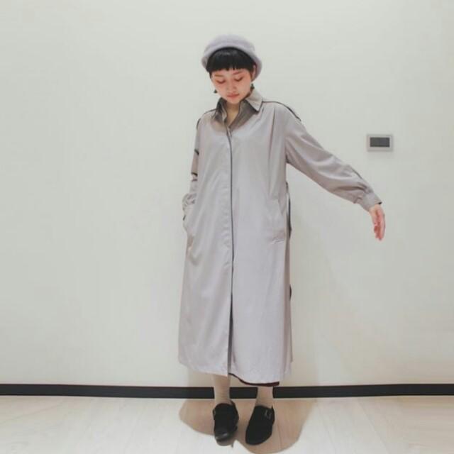 tsunami coat 淺灰色肩章風衣 尖領滾邊 單排扣 隱藏門襟 70s 氣質長版薄外套 日本古著 vintage