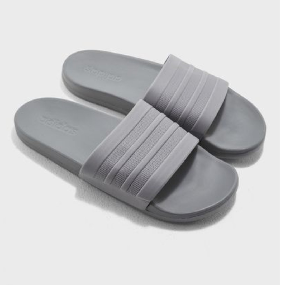 fdc6c9063 adidas Men Training adilette Cloudfoam Plus Mono Slides