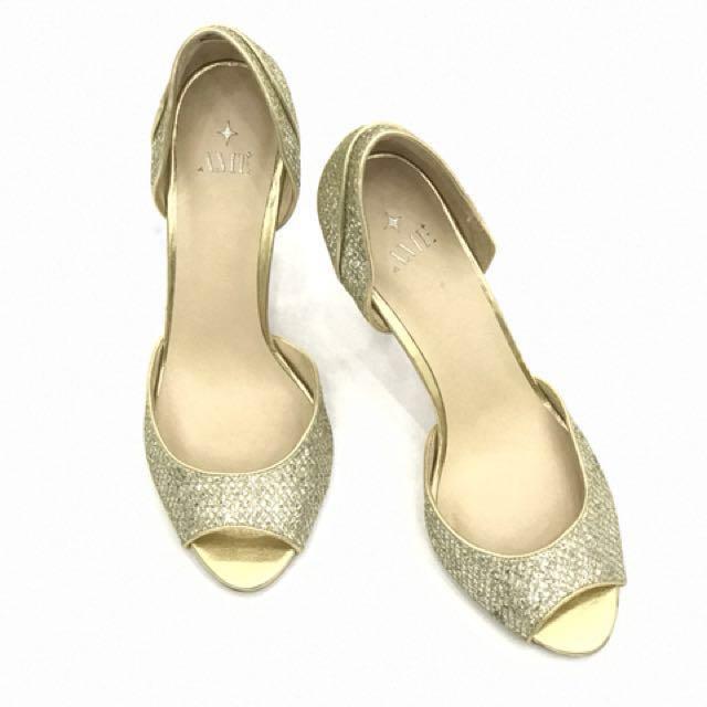 AME US Brand Heels