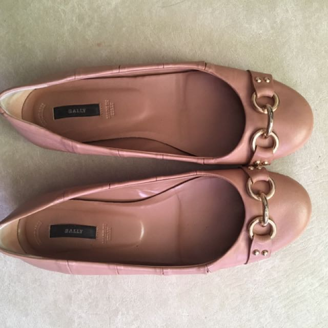 Authentic Bally Flats