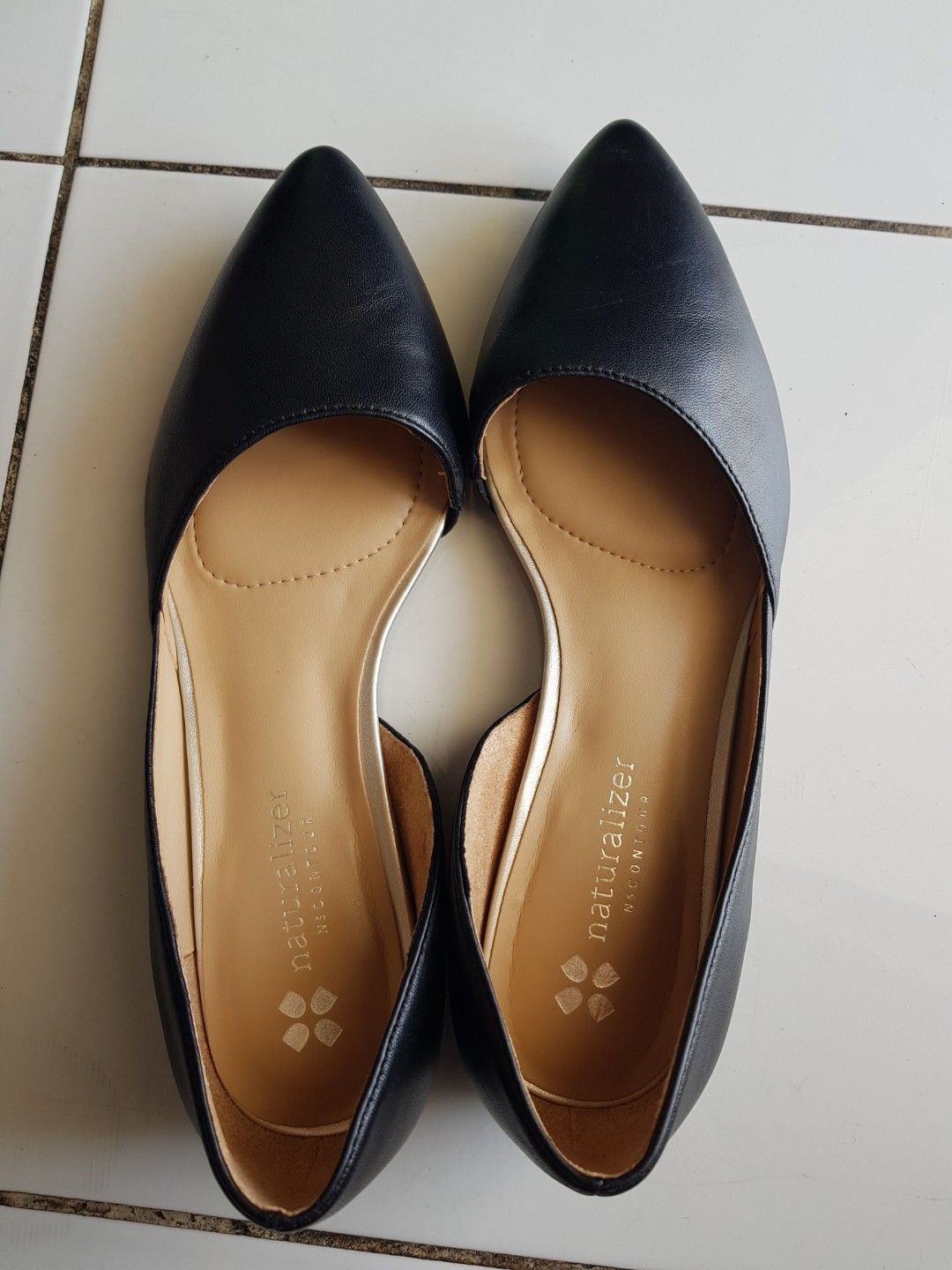 Authentic Naturalizer Office Flats