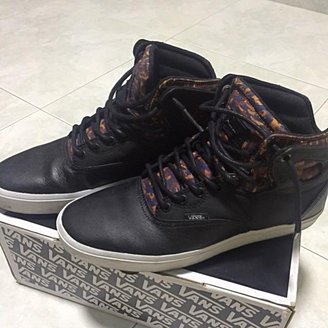 1b7e042876 Authentic Vans OTW collection shoes