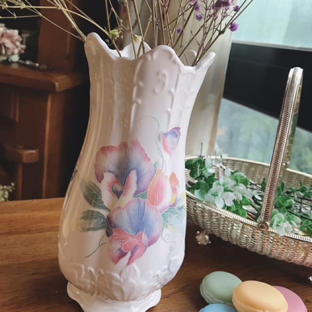 英國製Aynsley安茲麗Little Sweetheart系列雲彩花卉立體浮雕大型花瓶