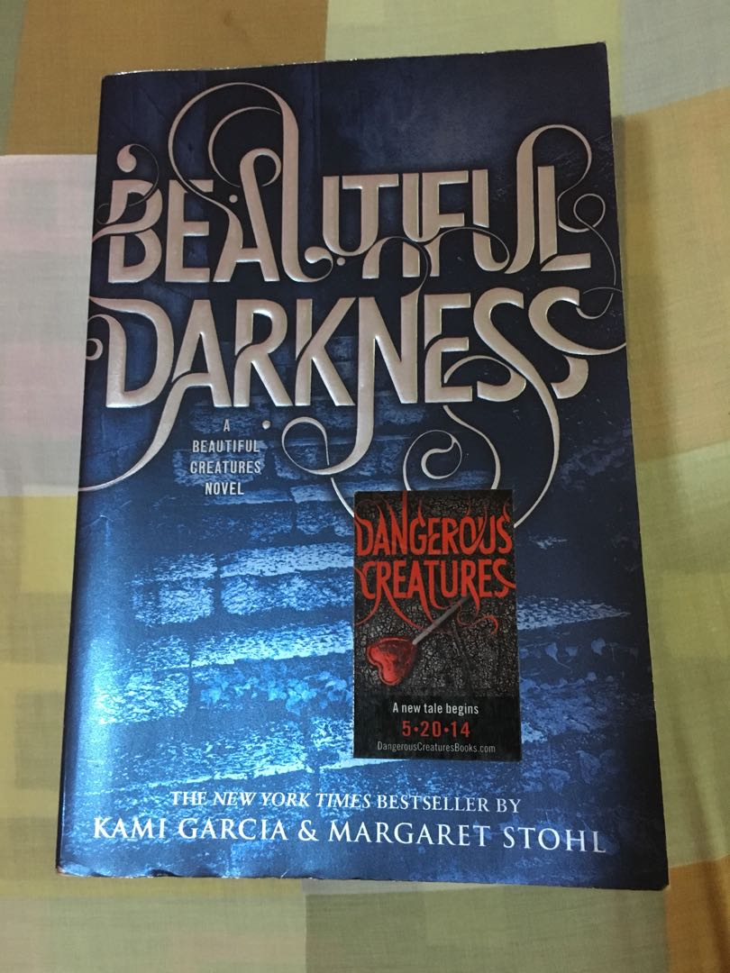 Beautiful Darkness Book Cover ~ Beautiful darkness by kami garcia and margaret stohl books books