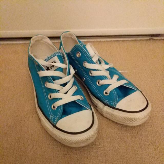 Blue Converse Size 6W