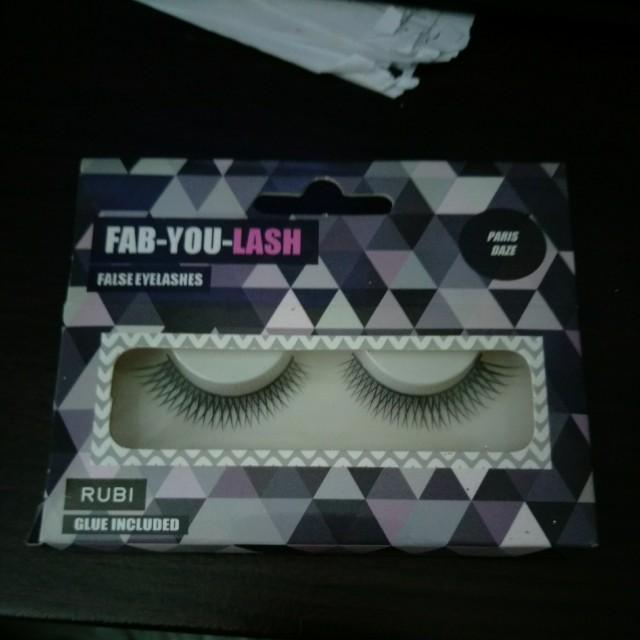 BN free postage rubi pariz daze false eyelashes with glue 014c2f8b5a93