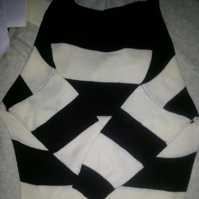 Buy Or Barter Monochrome Knitted Sweater (Off Shoulder)