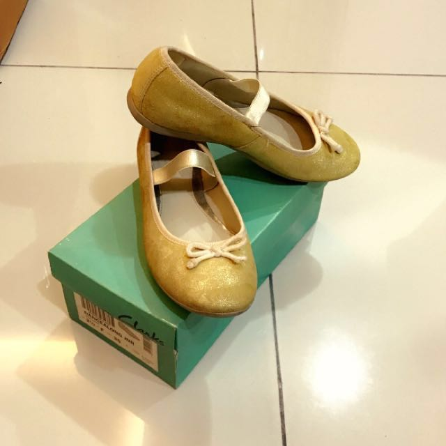Clarks Girl's Shoes in Gold