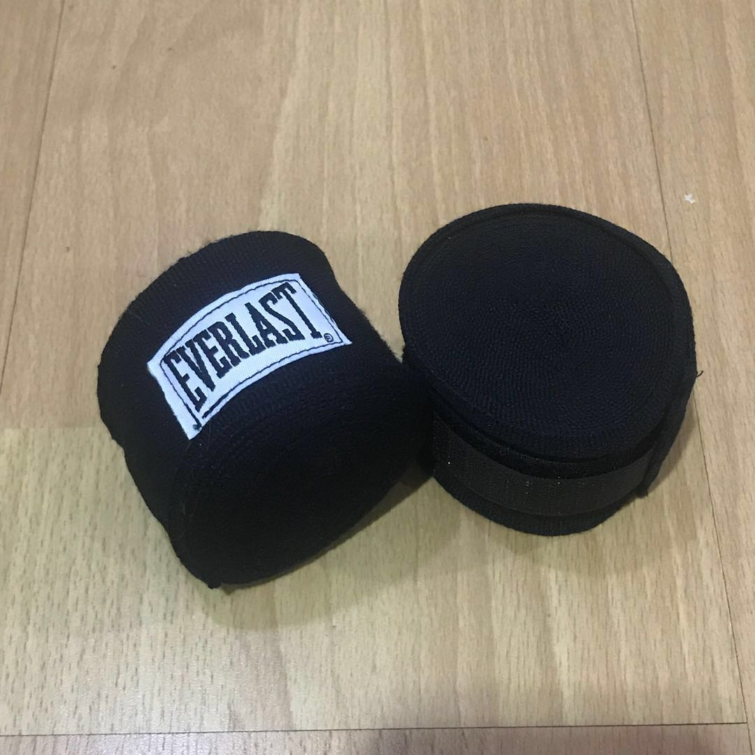 Everlast boxing muay thai stretchable hand wraps 5m black