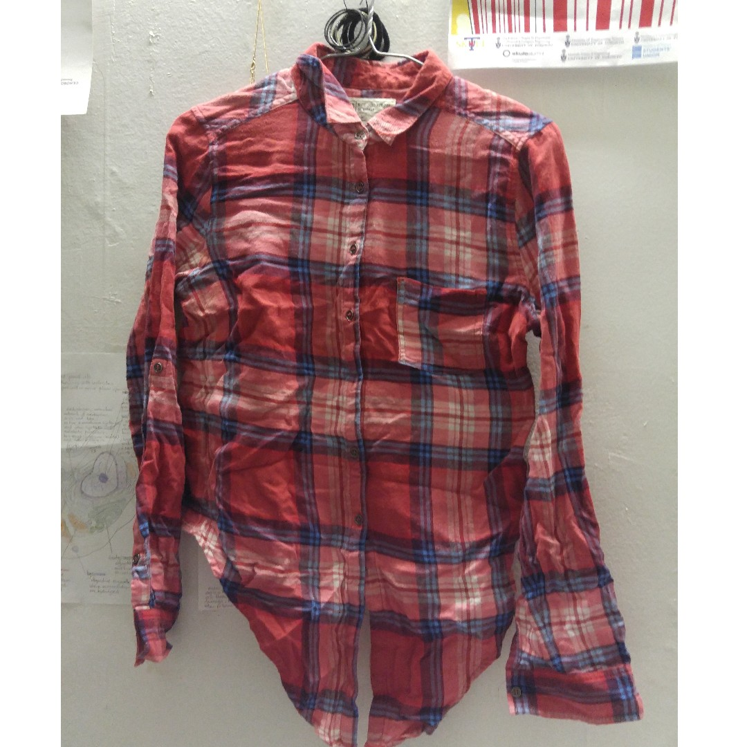 Garage red flannel shirt with front details