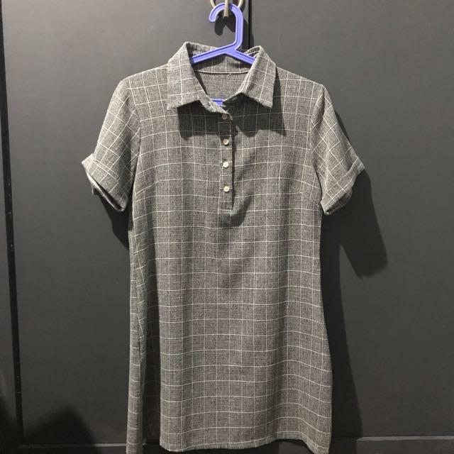 Gray Grid Collar Shift Dress