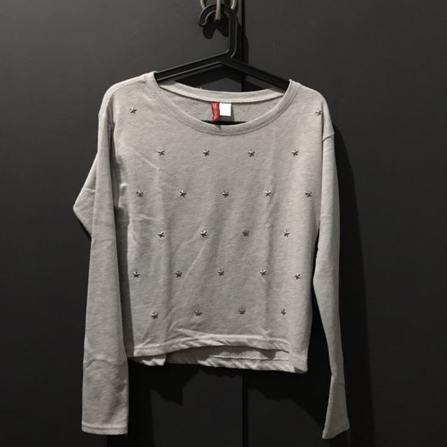 H&M Divided Gray Star Studded Longsleeve Top