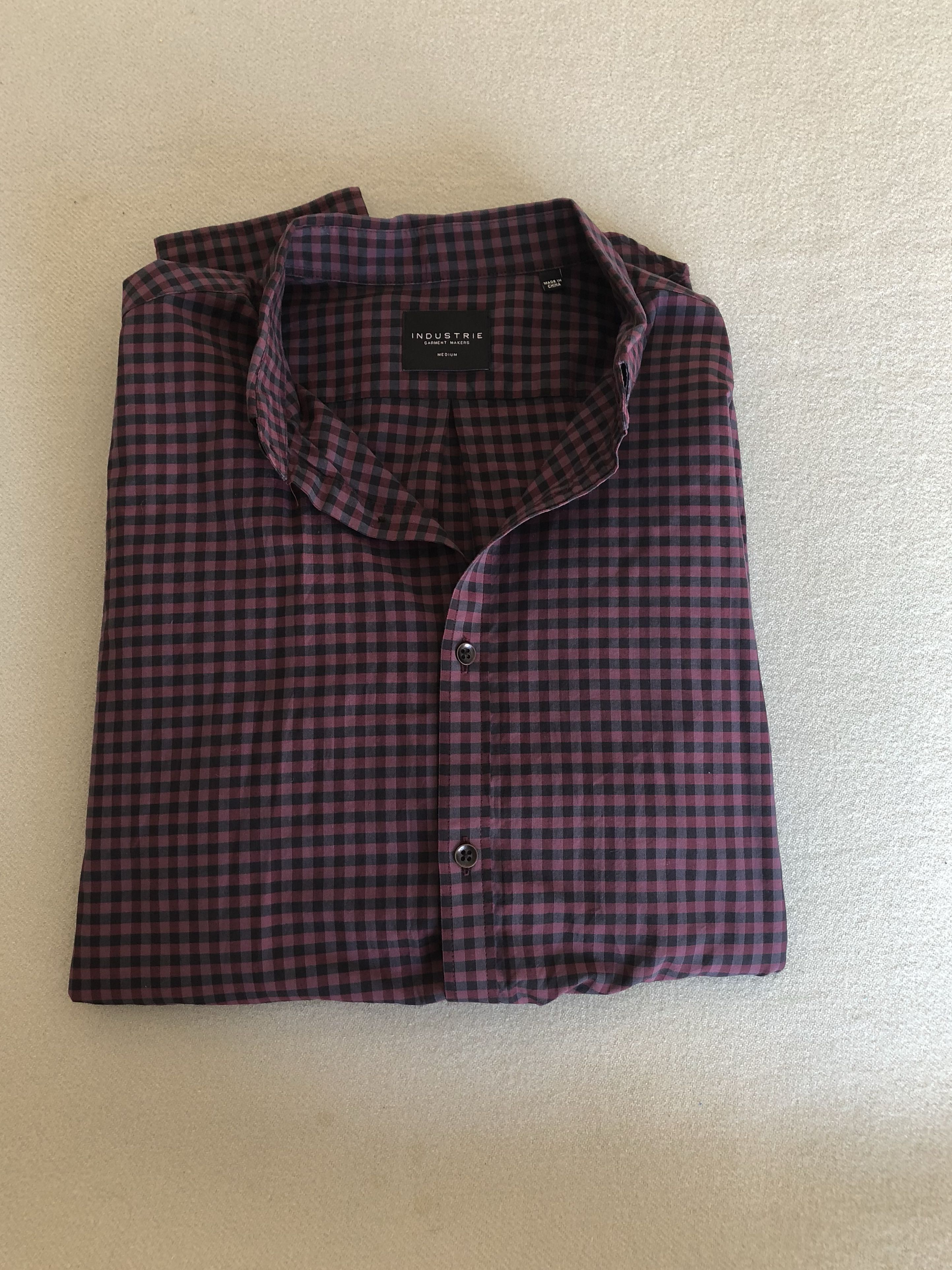 Industrie Button Up