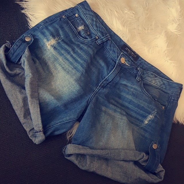 JEANSWEST Shorts