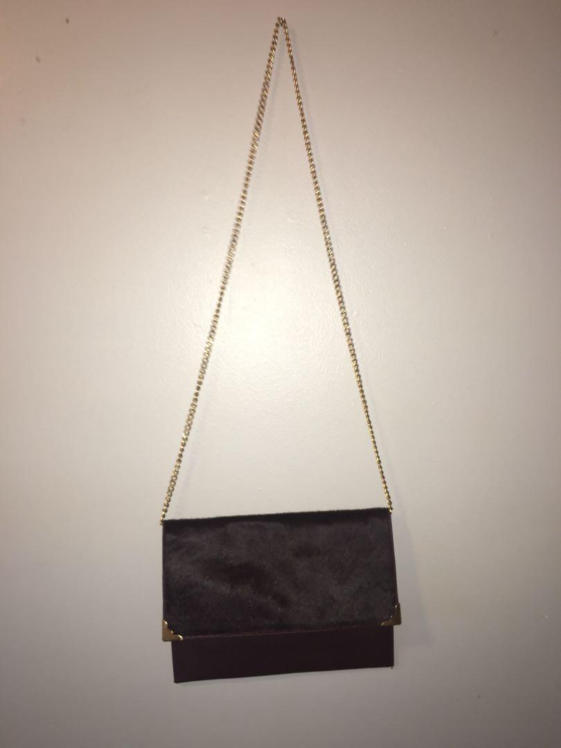 Leather maroon side purse