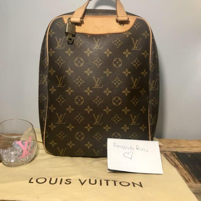Louis Vuitton Excursion