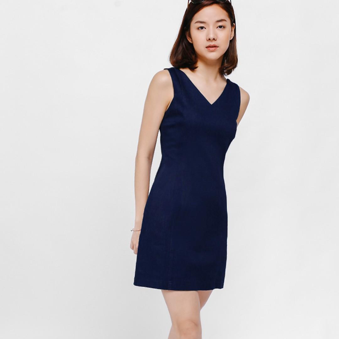 0c439133910 Love Bonito Dyleu Tie Back Denim Dress