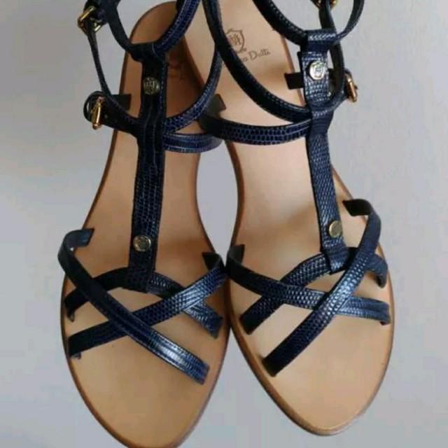 Massimo Dutti leather strappy sandals
