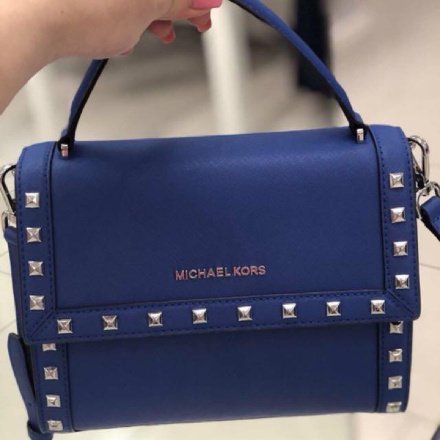 80b1d9c9f6f0 Michael Kors latest 2018 bag, Women's Fashion, Bags & Wallets on Carousell