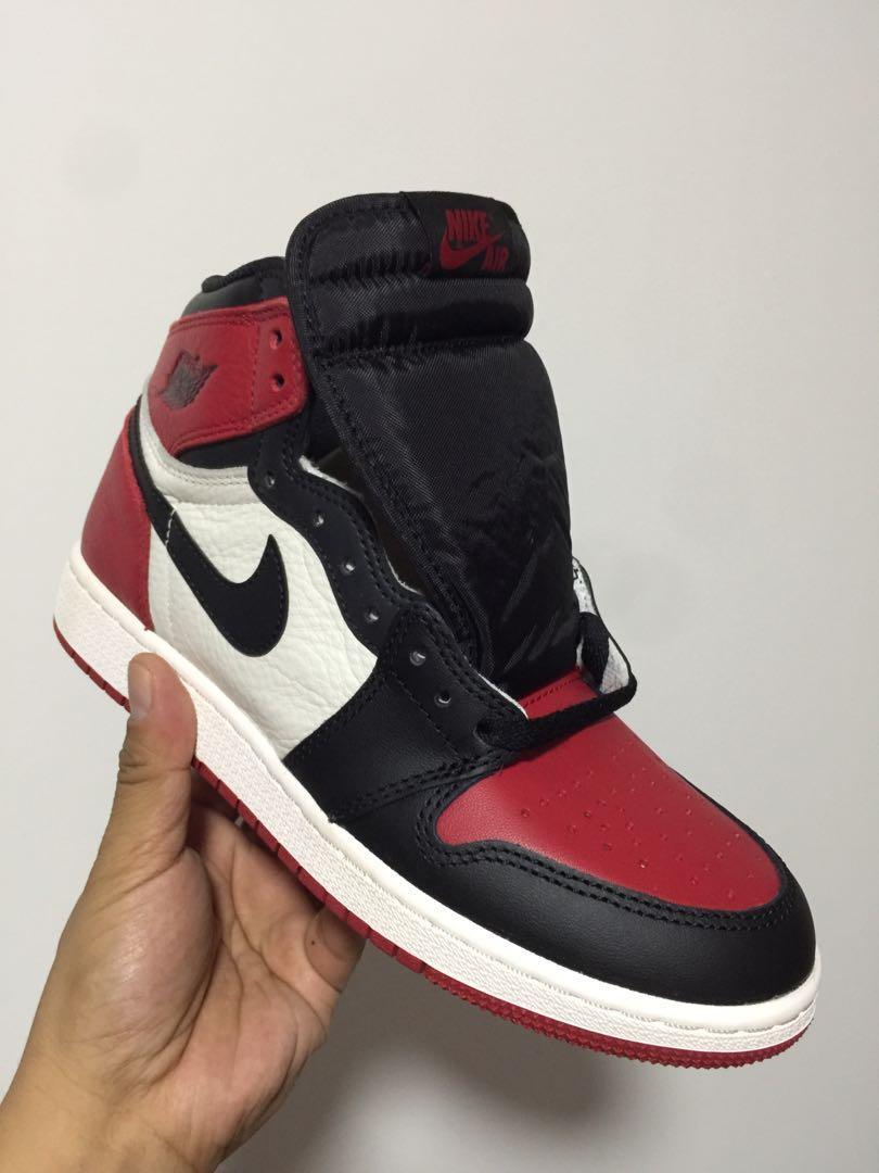 fff73767740377 Nike Air Jordan 1 Bred Toe size 7Y