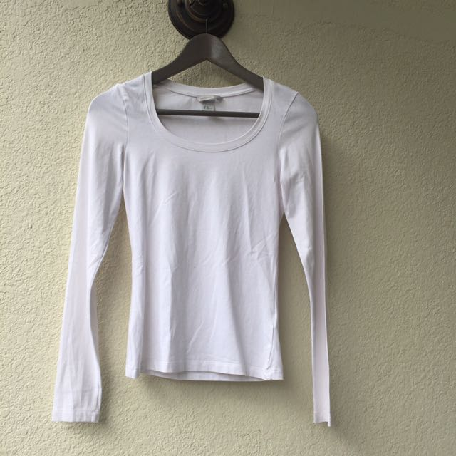 0c636c6167a989 Non sheer non see through white long sleeved top from H&M, Women's ...