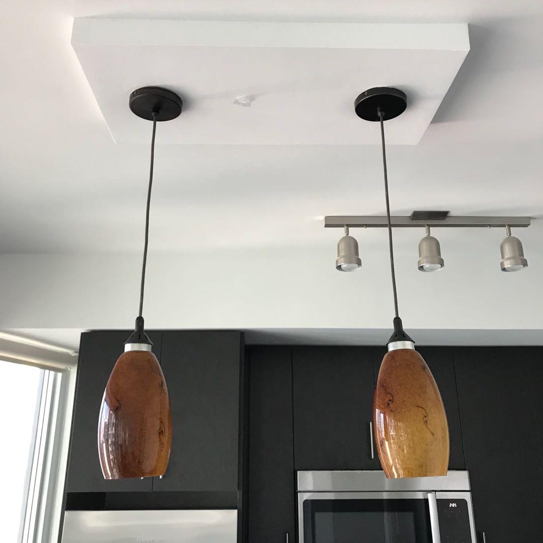 Pendant lights (2)