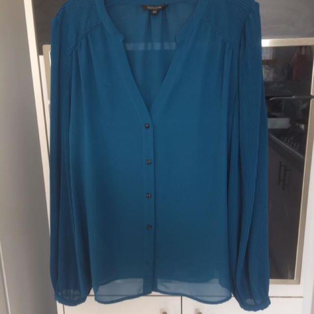 Portmans size 16 shirt