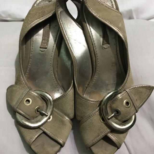 REPRICED!! Gamosa Sandals - Beige