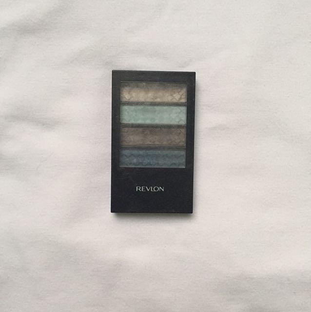 Revlon 12 hr Eyeshadow